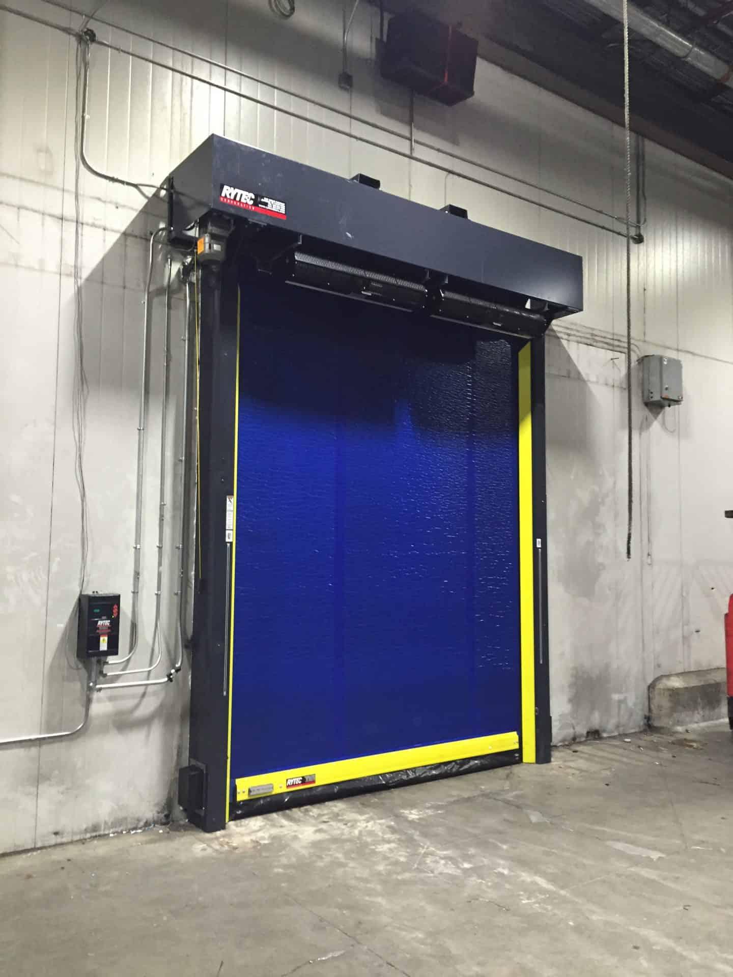Cold storage facility freezer door